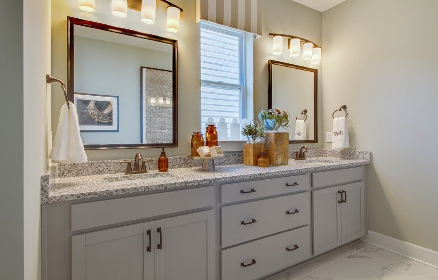 David_Weekley_master_bathroom_Jenkins_Model_863x553.jpg
