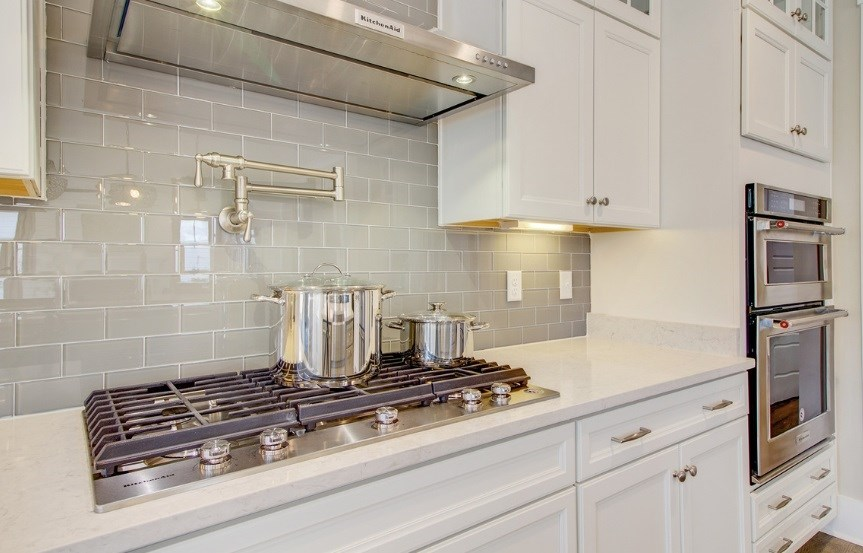 Pulte_Primrose_kitchen4_stove_model_863x553.jpg