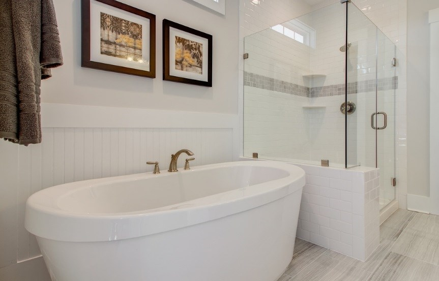 Pulte_Primrose_master_bath_tub_shower_model_863x553.jpg