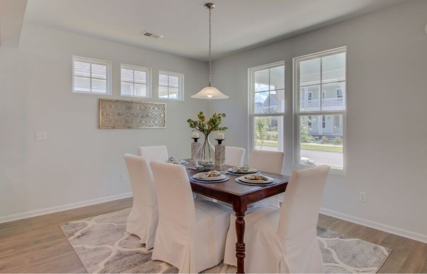 SC-IN-Nexton-Hawthorn-330 Watergrass-Dining Room_5.jpg