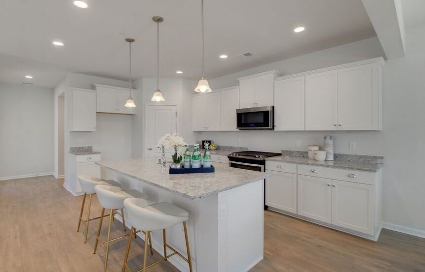 SC-IN-Nexton-Hawthorn-330 Watergrass-Kitchen2_3.jpg